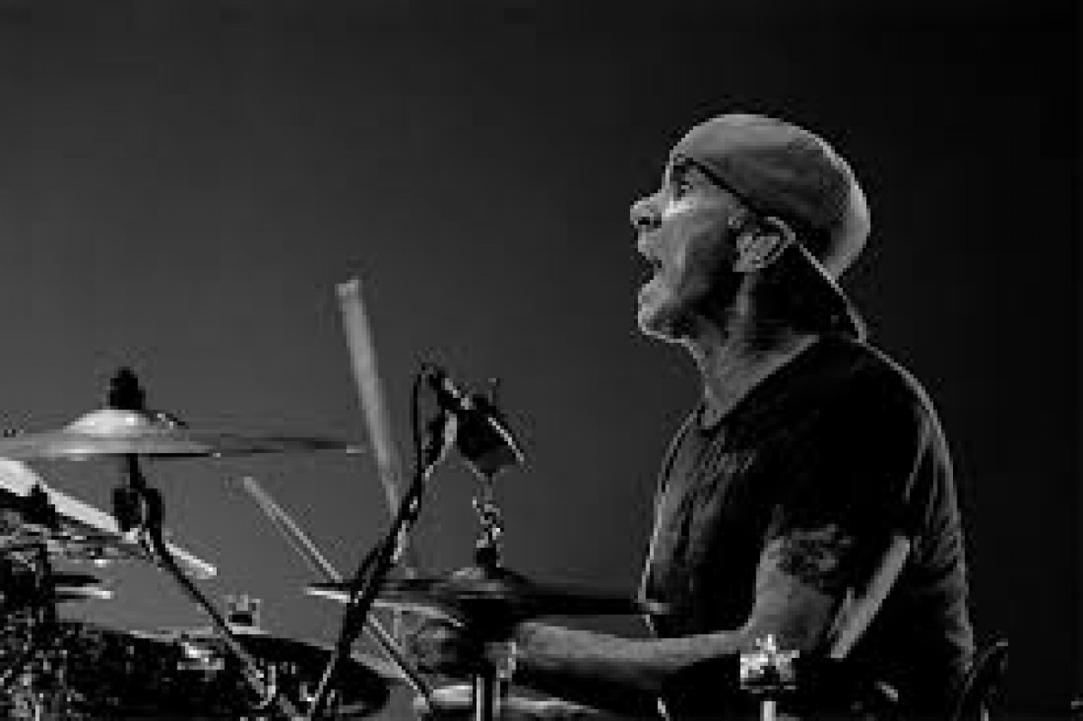 Chad Smith toujours en forme !!!